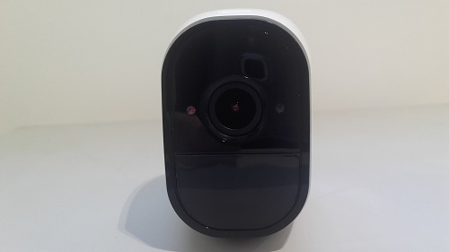 test arlo pro camera connectee design optique