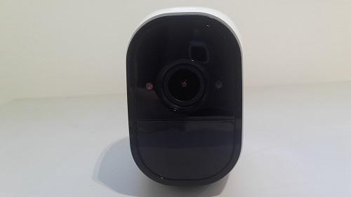 test arlo pro camera connectee design optique