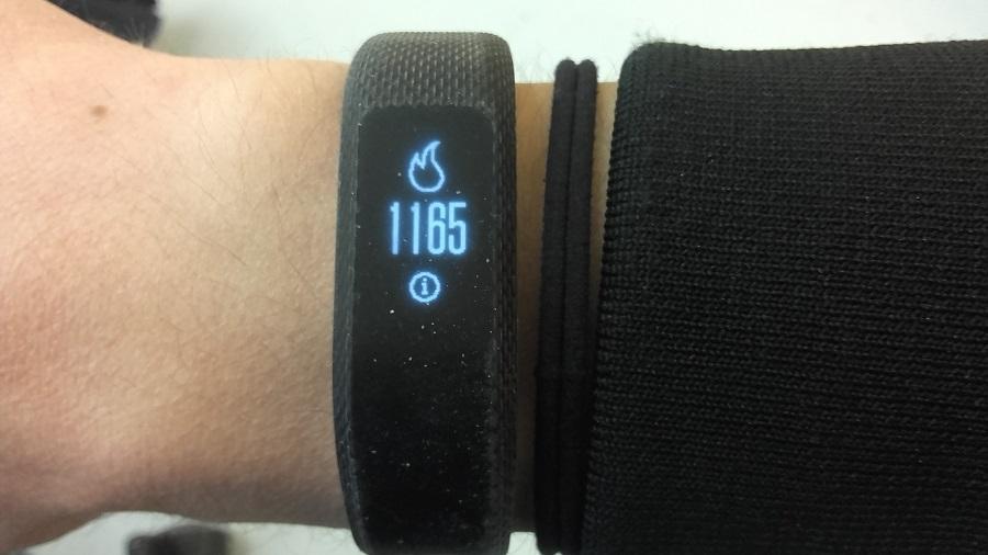 test garmin vivosmart 3 bracelet connecte utilisation calories brulees
