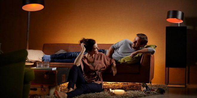 lampe led connect e notre s lection pour vous aider choisir. Black Bedroom Furniture Sets. Home Design Ideas
