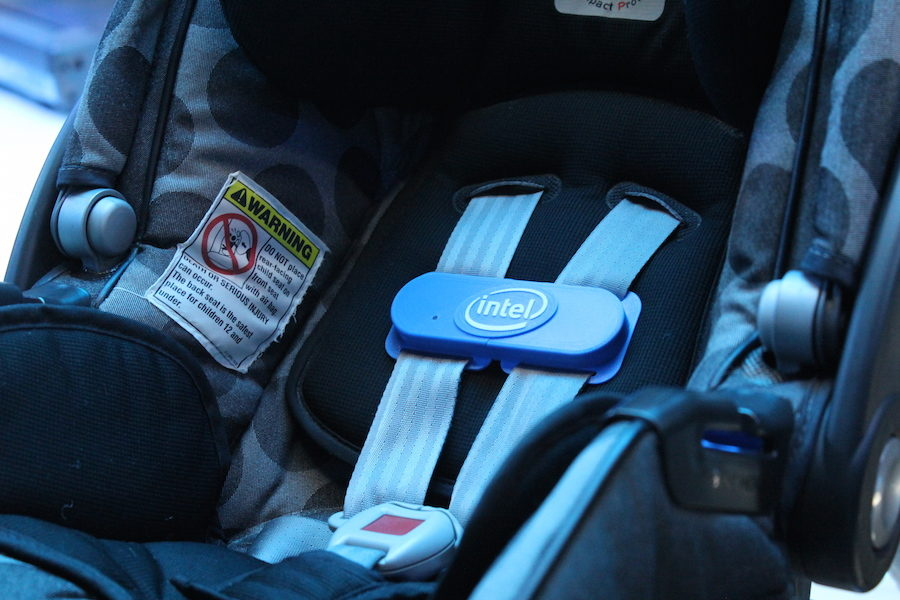 siège pour bébé connecté intel