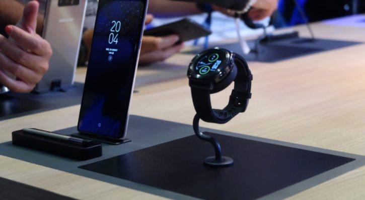ifa 2017 samsung d voile gear sport sa nouvelle montre connect e. Black Bedroom Furniture Sets. Home Design Ideas