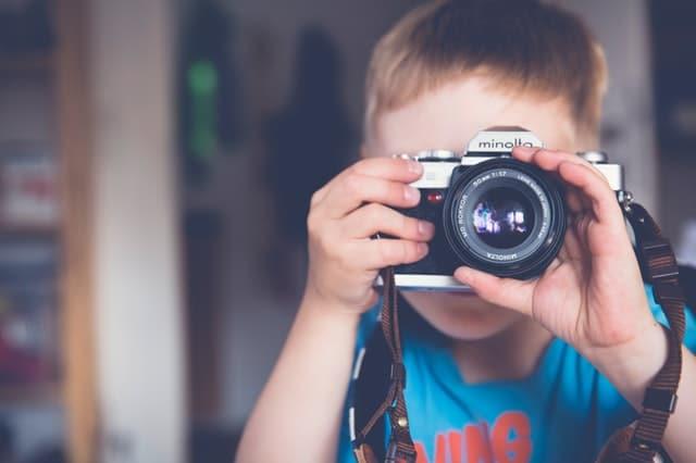 kids smartwatch, montre connectée, allemagne, surveillance, sécurité objet connecte