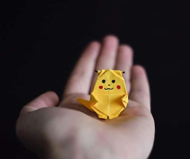 pikachu, pokémon, jaune, mascotte,
