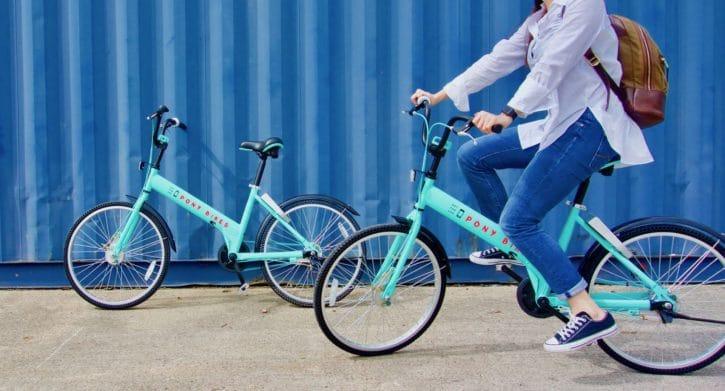 Véhicules connectés, smartphone, vélo