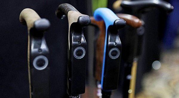 Premiers pas réussis pour Smartcane, la première canne de marche connectée