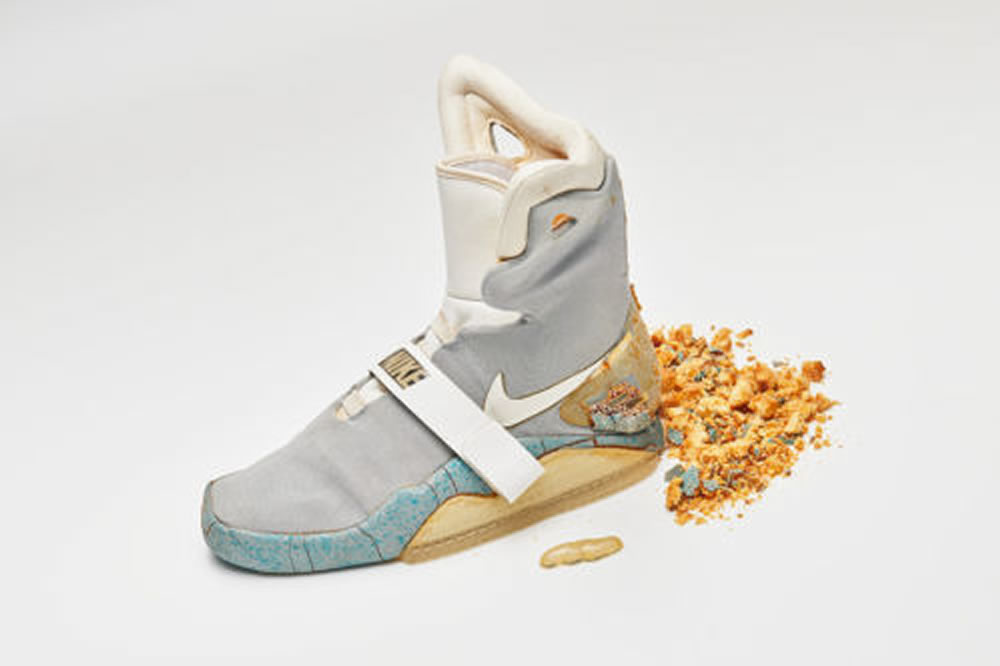 the latest 6345a 4f236 Les véritables Nike auto-laçantes de Retour vers le futur 2 sont en vente