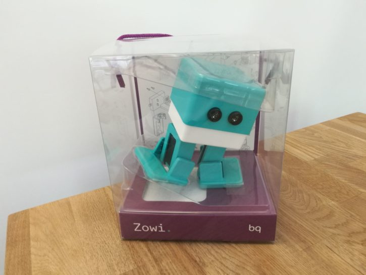 Unboxing du robot jouet Zowi