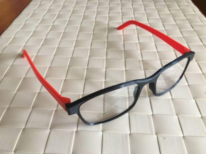 Nouvelle mode : les lunettes de soleil via imprimante 3D