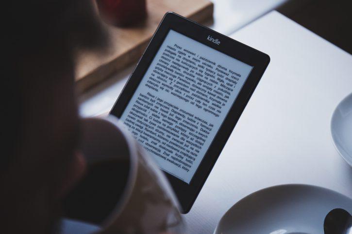 amazon lance la liseuse Kindle en 2007
