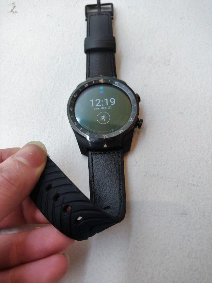 bracelet caoutchouc cuir de la Tic Watch pro