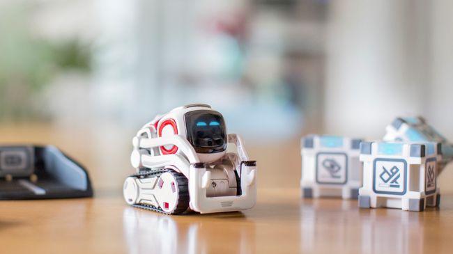 Anki Cozmo robot jouet programmable