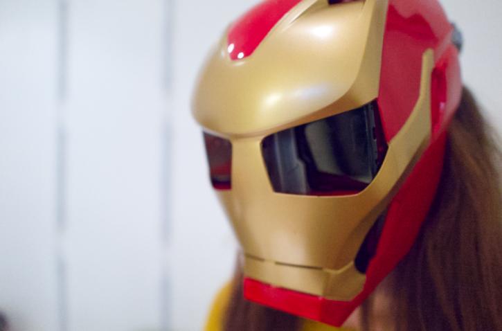 le casue AR Hero Vision Iron est facile à installer et à utiliser