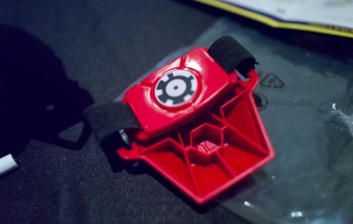 gant d'iron man, accessoire indispensable au jeu Hero Vision