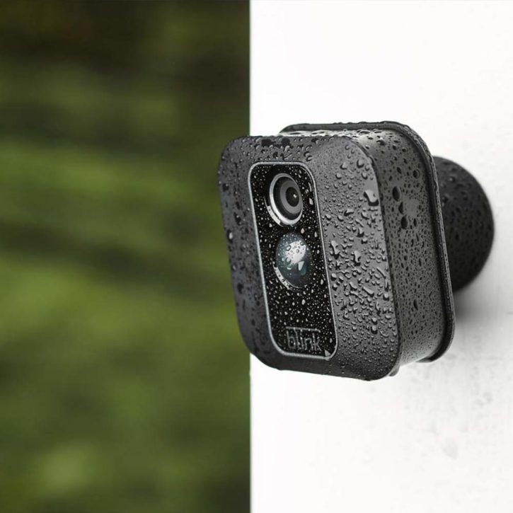 caméra connectée Blink XT2 HD d'Amazon en extérieur