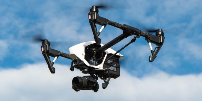 des drones dji comme celui-ci seront bientôt munis de détecteurs d'avion