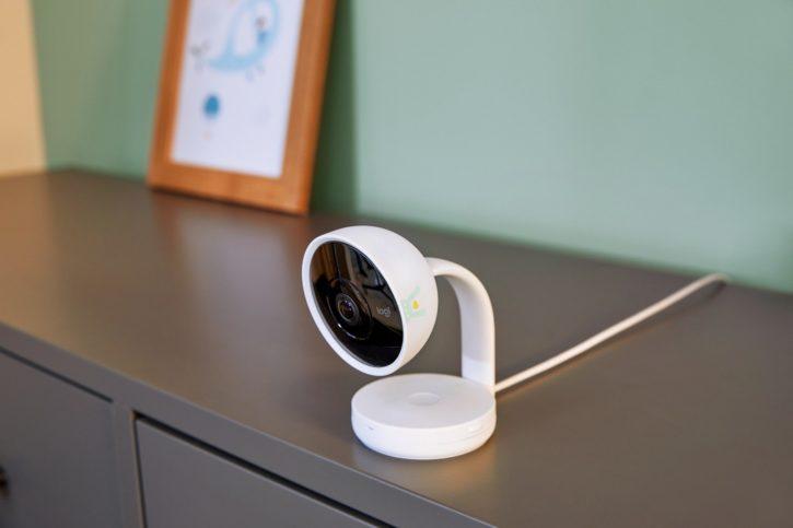 Pampers, caméra connectée Lumi pour bébé