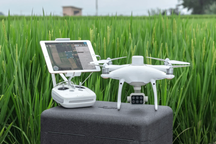 drone DJI P4 Multispectral pour l'agriculture avec accessoires