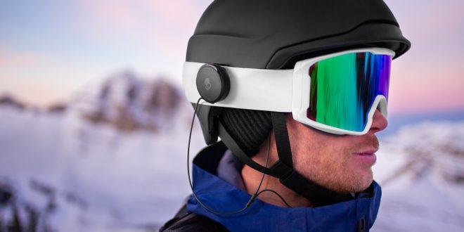 Skieur avec Skullcandy Vert
