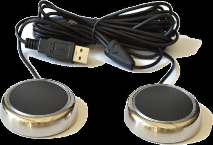 le bouton connecté LoveSync en deux exemplaires avec le câble d'alimentation