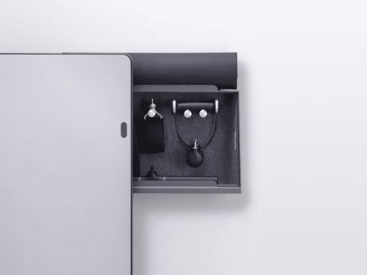 compartiment de rangement sur le miroir connecté forme