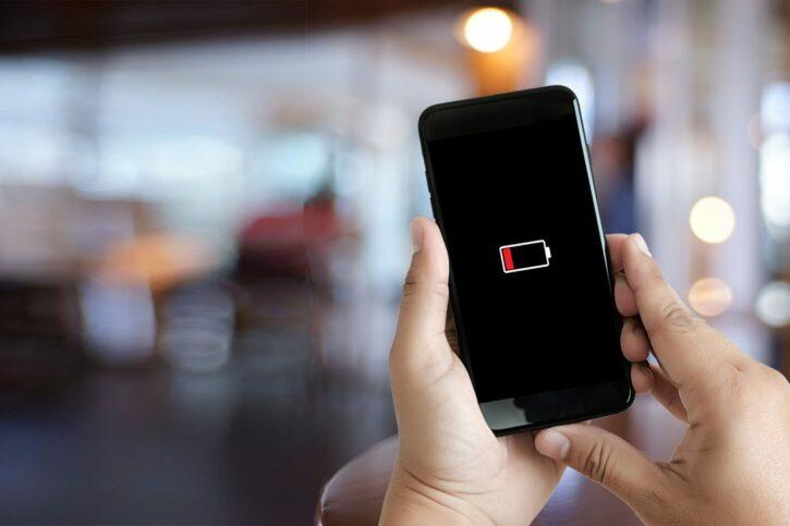 batterie de smartphone à plat